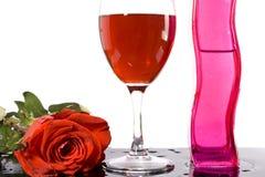 Il vino rosso ed è aumentato Immagini Stock