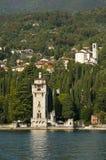 IL Vittoriale auf See Garda Italien Lizenzfreie Stockfotos