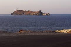 Ile de Ла Giraglia, остров Giraglia, маяк, Barcaggio, Ersa, крышка Corse, накидка Corse, haute-Corse, Корсика, Франция, Европа стоковые фото