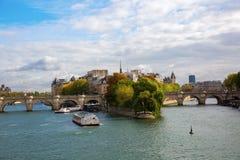 Ile de la Citera i Paris Arkivbild