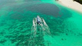 Ilha azul de Boracay da ilha da lagoa, Filipinas vídeos de arquivo