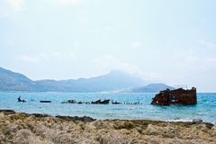 Ilha bonita de Gramvousa, mar azul de cristal - Grécia Foto de Stock Royalty Free
