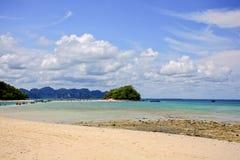 ilha bonita em Tailândia Imagens de Stock Royalty Free