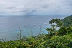 Ilha de Cocos da baía de Catham fotos de stock royalty free