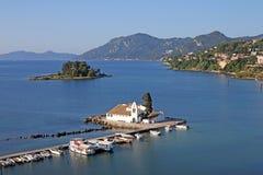 Ilha de Corfu do monastério de Vlacherna Foto de Stock