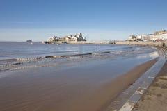 Ilha de Knightstone e praia, égua super de Weston, Somerset imagens de stock royalty free