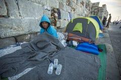 A ilha de Kos é ficada situada apenas 4 quilômetros da costa turca, e muitos refugiados vêm de Turquia no barcos infláveis Foto de Stock Royalty Free