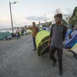 A ilha de Kos é ficada situada apenas 4 quilômetros da costa turca, e muitos refugiados vêm de Turquia no barcos infláveis Fotos de Stock Royalty Free