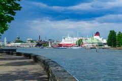 Ilha de Luoto, o passeio, ferryboats, em Helsínquia Fotografia de Stock