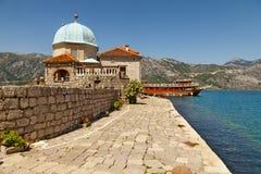 Ilha de nossa senhora das rochas montenegro imagem de stock