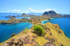 Ilha de Padar perto da ilha de Komodo, Indonésia fotos de stock