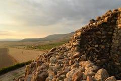 Ilha de Sardinia, Itália Local arqueológico Nuraghi de Barumini fotografia de stock royalty free
