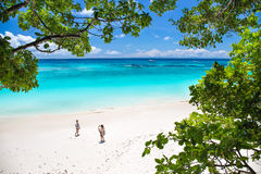 Ilha de Tachai, Phang Nga, TAILÂNDIA 6 de maio: Ilha de Tachai a maioria de natureza famosa do feriado do destino dos povos do tu Imagem de Stock