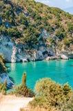 Ilha de Zakynthos, Gr?cia Feriados da cultura e do mar e da montanha Praia de Xigia imagem de stock royalty free