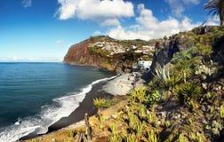 Ilha do sul de Madeira do litoral, Portugal imagem de stock royalty free