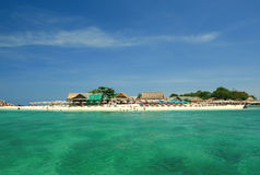 Ilha e praia Imagens de Stock Royalty Free