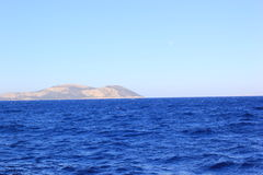 Ilha no mar Foto de Stock Royalty Free