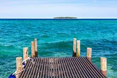 Ilha Tanzânia East Africa de Unguja Zanzibar do seascape do Oceano Índico da plataforma fotografia de stock