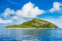 Ilha tropical bonita em Fiji durante o verão fotografia de stock
