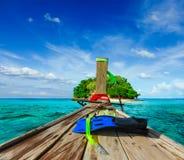 Ilha tropical no mar fotografia de stock royalty free