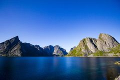 Ilhas de Flakstad - de Lofoten - Noruega imagem de stock royalty free