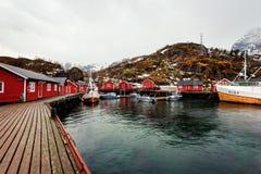 Ilhas de Nusfjord Noruega Lofoten Fotos de Stock