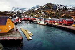 Ilhas de Nusfjord Noruega Lofoten Foto de Stock Royalty Free