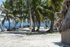 Ilhas do paraíso em Guna Yala, Kuna Yala, San Blas, Panamá Por do sol NASCER DE O SOL fotos de stock royalty free