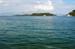 Ilhas e montanhas Fotografia de Stock
