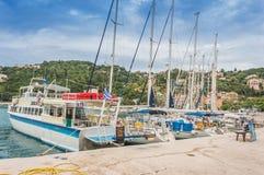 Ilhas Ionian da baía de Poros Imagem de Stock