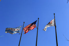Illinois tillståndsflagga, USA-flagga och Chicago flagga Arkivfoto