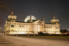Illuminated Reichstag building in Berlin Stock Photos