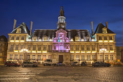 Illuminated town hall of Reims Royalty Free Stock Images