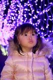 Illumination de Noël et fille japonaise Photos libres de droits