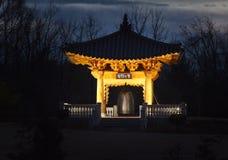 Illumination de nuit de Bell coréenne de paix et d'harmonie Photos stock