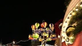 Illumination de vacances de Noël et de nouvelle année la nuit, place rouge à Moscou, Russie clips vidéos