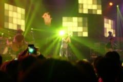 Illuminazione di Bokeh nel concerto dell'interno fotografia stock libera da diritti