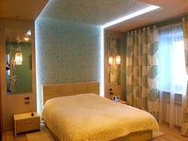 Illuminazione interna della camera da letto fotografie stock libere da diritti