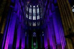 Illuminazione nella cattedrale a Beauvais Francia fotografia stock libera da diritti