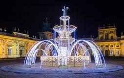 Illuminazioni di Natale nel parco in Wilanow fotografie stock libere da diritti