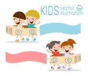 Illustratie die van Jonge geitjes kartonvliegtuig met Banners berijden Stock Foto