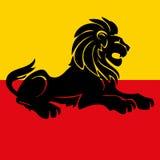 Illustratie van een heraldische ongebreidelde leeuw Stock Afbeeldingen