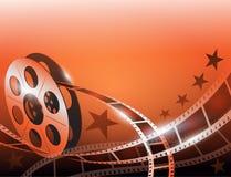 Illustratie van een spoel van de filmstreep op glanzende rode filmachtergrond Stock Foto's