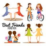 Illustratie van het vriendschaps de vastgestelde beeldverhaal Meisjes op handen houden en fietsen die, die koesteren Royalty-vrije Stock Foto's