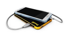Illustratie van zwarte en gele Powerbank-het laden smartphone Royalty-vrije Stock Afbeeldingen