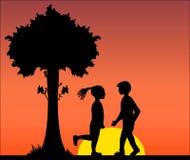 Illustratie vector zwart silhouet van minnaarspaar in roerende liefde van de mens en vrouw onder de boom, bloem, datum Stock Foto's