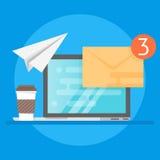Illustration av bärbara datorn, kaffe och kuvertet Begrepp av e-posten stock illustrationer