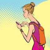 Illustration av en flicka som rymmer en mobiltelefon Fotografering för Bildbyråer