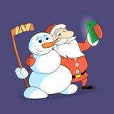 Illustration av en tecknad filmnivå Santa Claus och snögubben som gör selfietelefonen stock illustrationer