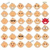 Illustration av gulliga babyansikten som visar olika sinnesrörelser Glädje sorgsenhet, ilska, samtal som är roligt, fruktar, ler  stock illustrationer